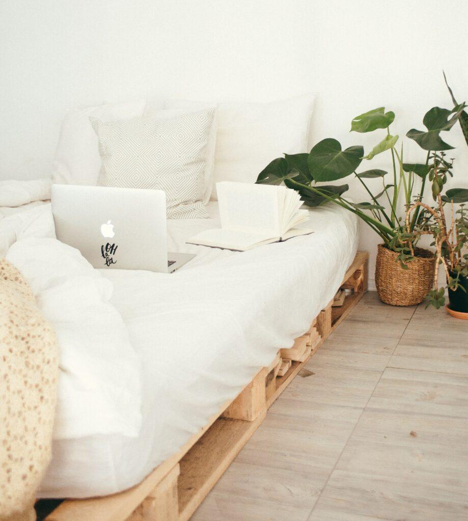 decoración casa móvil low cost con pallets