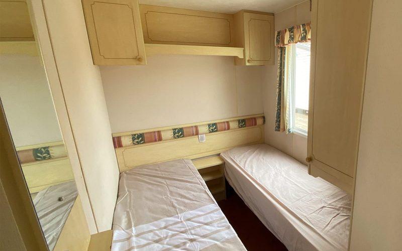 Habitación dos camas del modelo Atlas Florida 3 habitaciones